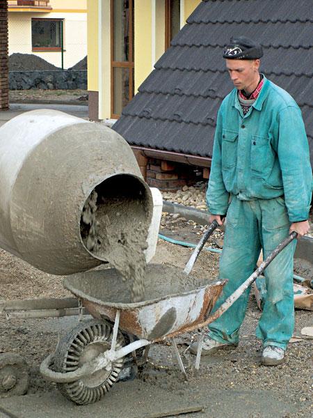 cementy na pripravu malt a betonov