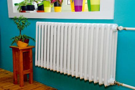 Natierame radiátor - na stene a bez zápachu