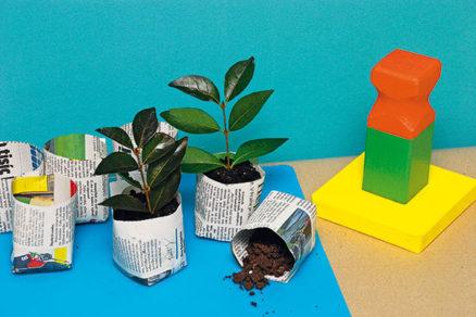 Zlisovaním novín si ľahko zhotovíte vysádzacie kvetináče