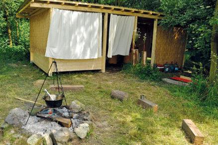 Ako si postaviť v záhrade letnú kuchyňu