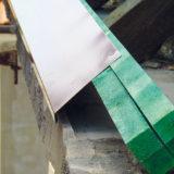 Rekonštrukcia strechy - montáž odkvapových plechov