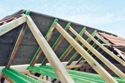 Rekonštrukcia strechy - spevnenie pôvodného krovu