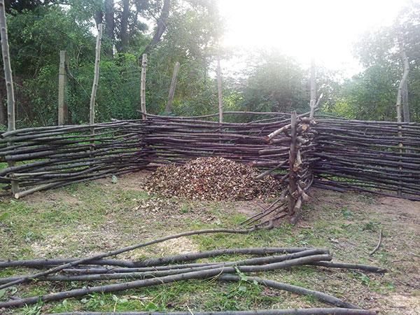 Stavba ekologického kompostéra ušetrí veľa peňazí