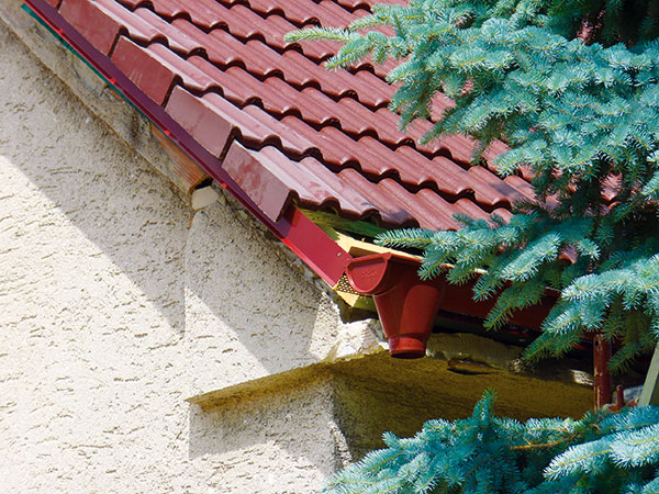 Rekonštrukcia strechy - Okrajové škridly