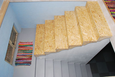 Staré schody vynovíte novým obkladom