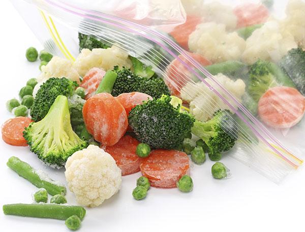 Viete, ako správne zmrazovať ovocie a zeleninu?