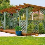 Ako som si v záhrade postavil zastrešenú pergolu