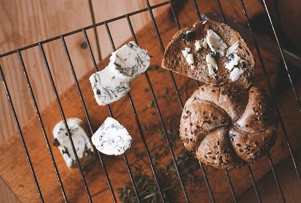 Jednoduchý tip na prípravu bylinkového masla