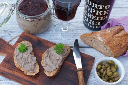 Nátierka z kačacej pečene s vínovou želatínou