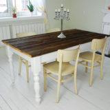 Farmársky jedálenský stôl bez zložitých stolárskych spojov