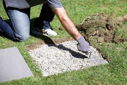 Ako uložiť betónovú dlažbu čo najlepšie