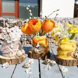 Jednoduchá a efektná vázička pre jarné kvety