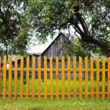 Ako ošetriť drevený plot
