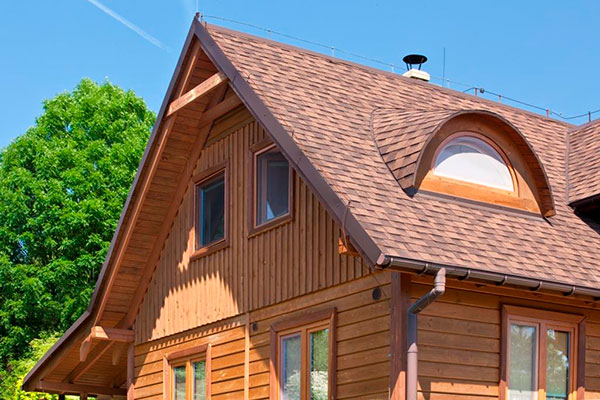 Šindľová strecha ako alternatíva k plechovej krytine