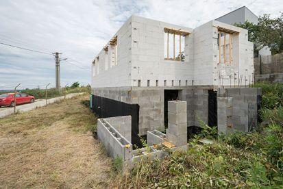 Stavba pod taktovkou dvoch žien