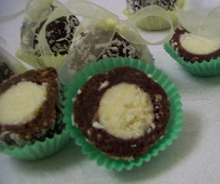 Kokosovo-orechové guľky
