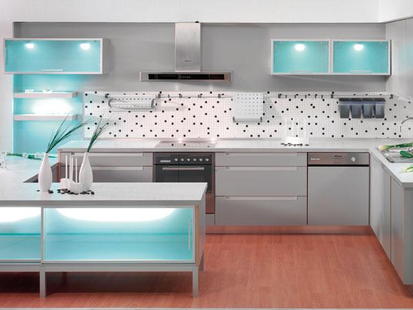 kuchyne na svetelnej scene