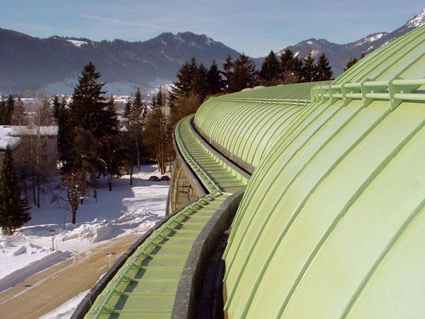 strecha a odkvapy bez snehu a cenculov so systemom devi