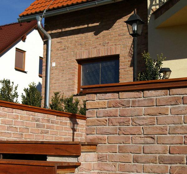 Tehlové a kamenné obklady pre exteriér a interiér
