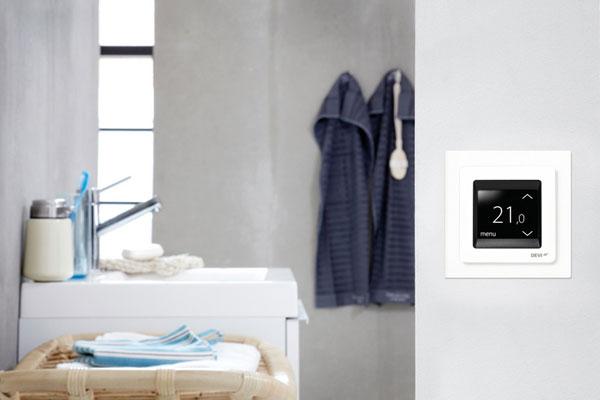 vyskusajte si ovladanie dotykoveho termostatu virtualne